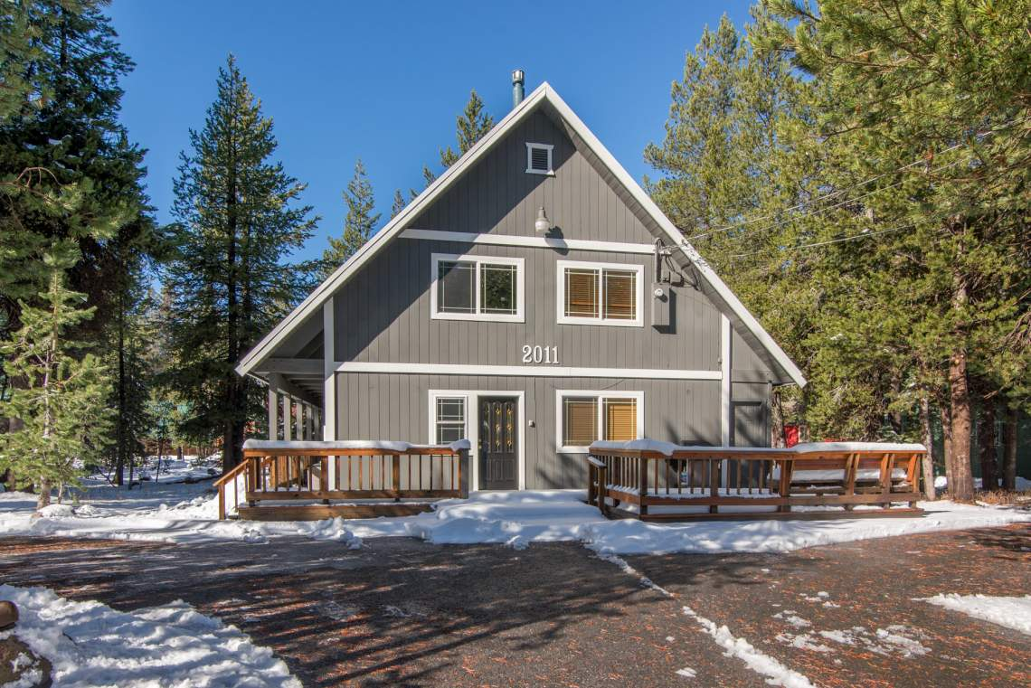 Soda Springs Cabin Donner Summit Rentals