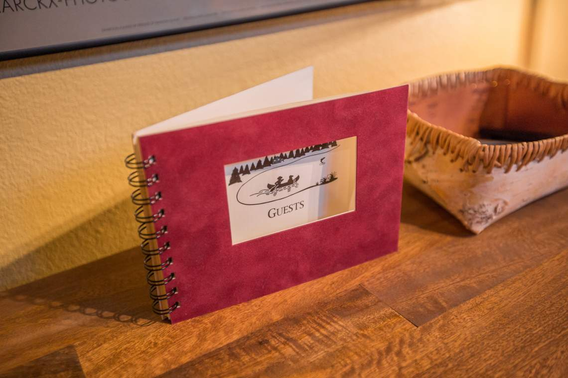 DSR_Sunnyside_guestbook_web